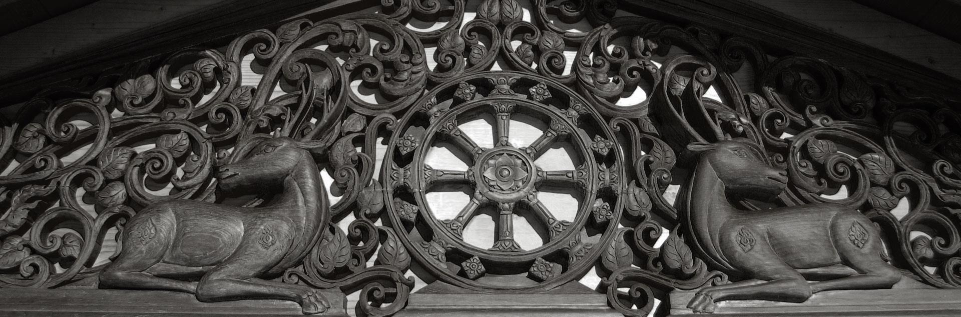 dhammapala-entrance-woodwork