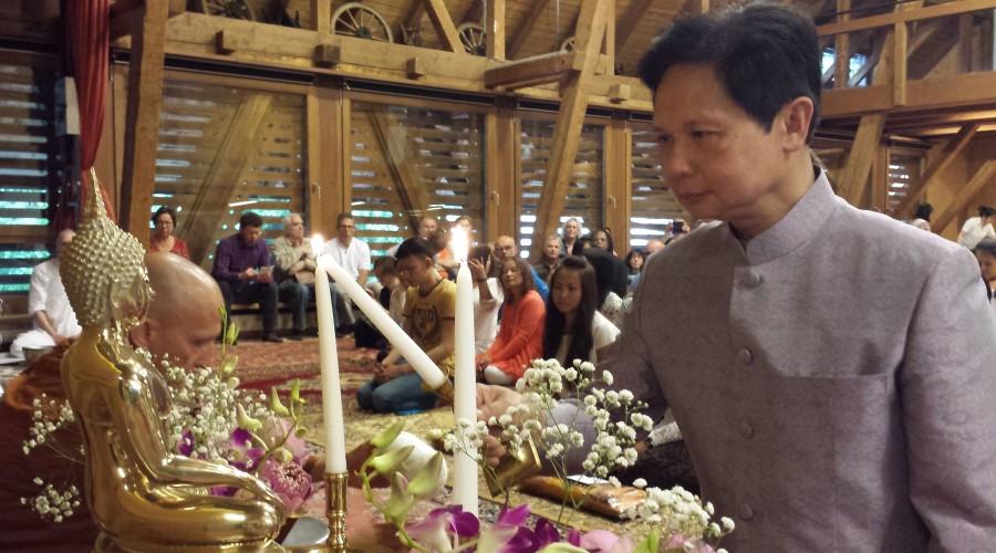 1 - The Thai ambassador initiating the cerremony