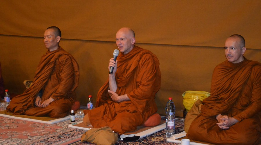 7 - Dhamma talk by Ajahn Mettiko